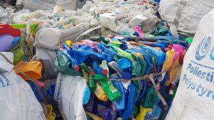 Lixo queimado não gera trabalho e renda